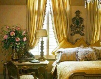 Спальня Аделины и Берди