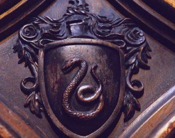 Асмодей — мастер защиты и наложения темных искусств